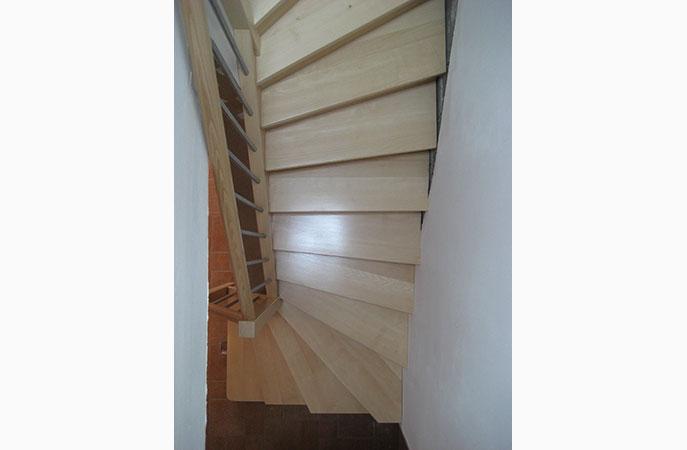 escaliers bois massifs escaliers sur mesure sur nancy et environs 54 57 88. Black Bedroom Furniture Sets. Home Design Ideas