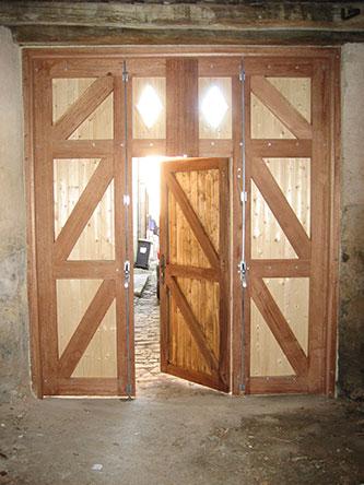 Vente et pose de portes de garage sur nancy 54 metz 57 for Porte de garage automatique sur mesure